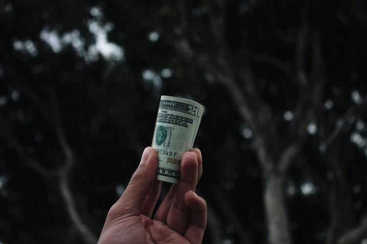 Средняя зарплата украинцев за ноябрь